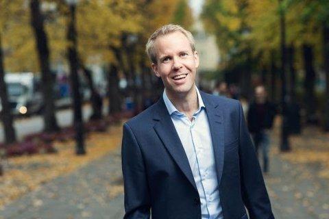 OPTIMIST: Sjeføkonom Christian Frengstad Bjerknes i NBBL kan melde om økende boligoptimisme og fallende rentefrykt.