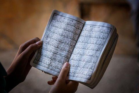 KORANSKOLE: Det foregår koranopplæring i lukkede miljøer uten reell innsyn og kontroll fra norske myndigheter, skriver Dana Æ. Manouchehri.