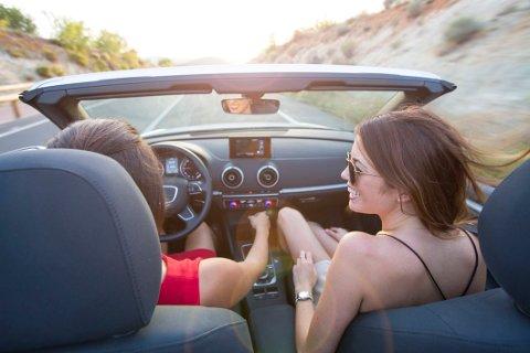 BILFERIE: I denne artikkelen får du nyttige sjekkpunkter du bør se igjennom før du leier bil på ferie i utlandet.