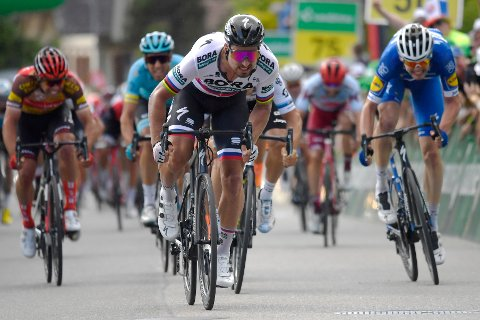 Slovakiske Peter Sagan vant den tredje etappen av Tour de Suisse. Bildet er fra et annet ritt. Foto: Gian Ehrenzeller / Keystone via AP / NTB scanpix.