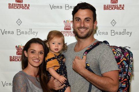 Realityparet Jade og Tanner Tolbert kunne mandag ønske sin lille sønn velkommen til verden. På Instagram deler Jade nå en dramatisk fødselshistorie. Fra før har paret datteren Emmy.