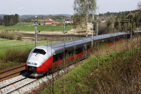 PÅ SKINNER: Interrail og togferie har fått en ny vår. I sommer reiste rekordmange nordmenn på ferie i Europa med tog.