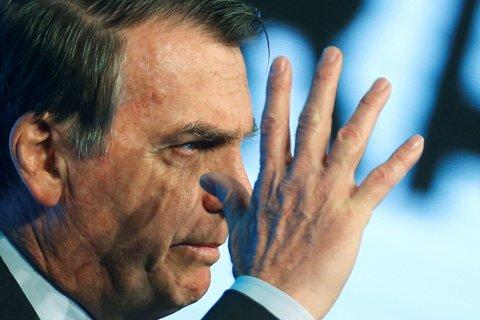 NEI TAKK TIL INNBLANDING: Brasils president Jair Bolsonaro kritiserer Frankrikes president Emmanuel Macron for å ville ta opp Amazonas-brannene på G7-møte.
