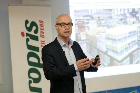 VEKST: Konsernsjef Pål Wibe i Europris kan glede seg over en sterk vekst og bedring i resultatet for tredje kvartal. Aksjemarkedet jubler.