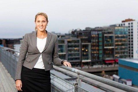 GRYENDE OPTIMISME: Sjefstrateg Erica Dalstø i SEB sier rentene stiger fordi det er bedre utsikter for økonomiene.