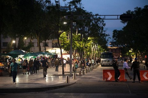 Illustrasjonsfoto: Gatescene fra Mexico City - en av verdens største byer.