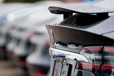 NY FUNKSJON: Den såkalte Sentry mode-funksjonen på Teslas nye modeller har fått Forsvaret til å treffe tiltak.
