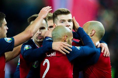 VIKTIG DAG: Alexander Sørloth og Norge kunne jublet for seier mot Færøyene i EM-kvalifiseringen sist A-landslaget spilte på Ullevaal.