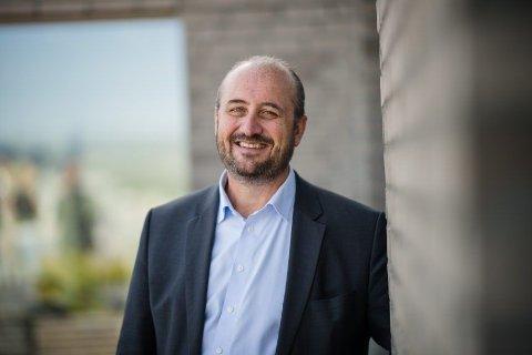 KUTTER KOSTNADENE: Konserndirektør Håkon Hansen i DNB gjør det billigere for kundene å kjøpe aksjefond.