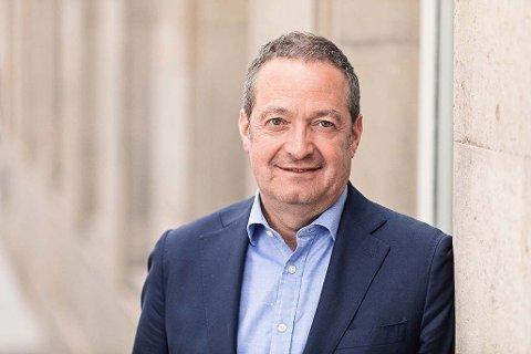 MÅ KUTTE: Den nye konsernsjefen Chris Vogelzang i Danske Bank tilbytr 2000 ansatte sluttpakker.