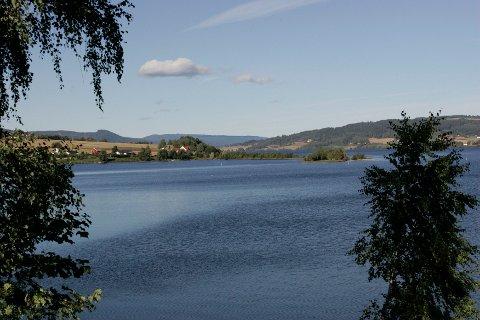 Randsfjorden, the lake next to the Kistefosmuseet. Foto: Terje Bendiksby / SCANPIX .