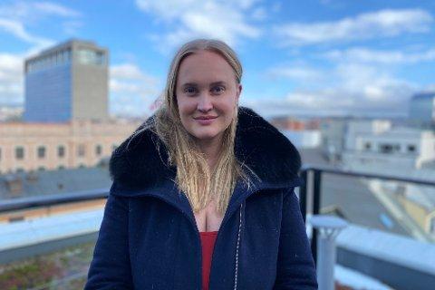 KVINNEDAGEN: Sofie Frøysaa ser på det som en selvfølge å skulle markere Kvinnedagen. - Vi har ikke reell likestilling i Norge, sier 30-åringen.