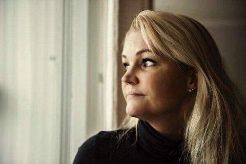 Norge trenger en ny dugnad. Vi må ringe hverandre, skriver Cecilie Lyngbø.