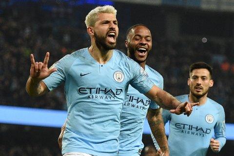 Sergio Aguero (t.v.) og Manchester City sparker i gang Premier League mot Arsenal onsdag 17. juni.