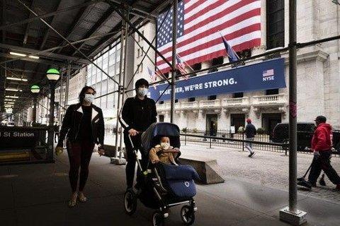BØRSRAS: Flere av de asiatiske børsene var ned over 2 prosent etter kun få minutter fredag etter den kraftige børsnedgangen i New York dagen før. Illustrasjonsfoto