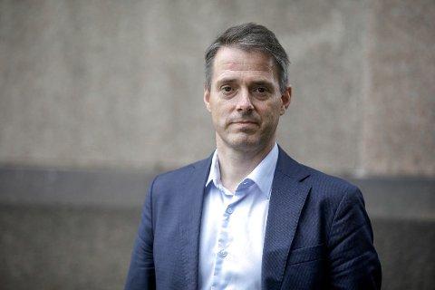 DYSTRE TIDER: Ivar Horneland Kristensen i Virke advarer mot massearbeidsledighet blant handels- og servicebedriftene.