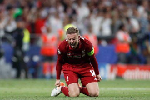FØLELSER: Her innser Jordan Henderson at han har vunnet Champions League med Liverpool.