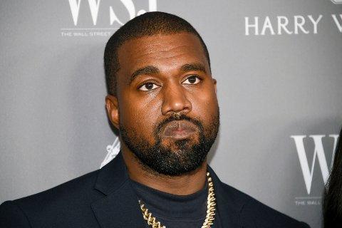 Hiphop-stjernen Kanye West sier han ikke lenger støtter USAs president Donald Trump.