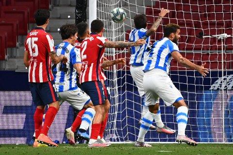 UHYRE VIKTIG: Real Sociedad reddet et sterkt uavgjortresultat på tampen borte mot Atlético Madrid i siste serierunde. Det var helt nødvendig for å sikre Europa League-spill neste sesong.