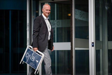 NOK Å GJØRE: Terje Buraas i DNB Eiendom og kollegaene hans har nok å gjøre i et brennhett koronamarked.