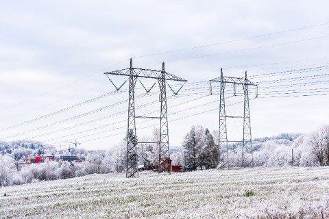 Det går mot kaldere tider, og det er ikke lenger fare for flom. Det gjør at strømprisen nå stiger kraftig.