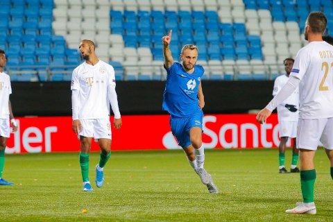 SCORET: Magnus Wolff Eikrem scoret ett og spilte en god match mot Ferencvaros.