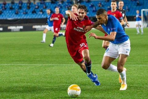 MATCHVINNER: Ohi Omoijuanfo fikk flere gode sjanser i torsdagens Europa League-møte med Rapid Wien. Til slutt lyktes Holmlia-gutten.