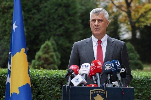President Hashim Thaci erklærte torsdag at han går av. Foto: Visar Kryeziu / AP / NTB