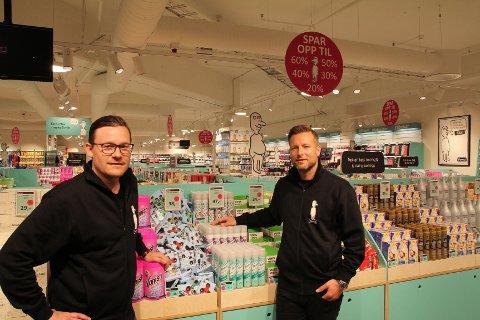 IKKE HELT NORMALT: Michael Eeg og Jesper Dønnestad Brandt leder Normal i Norge og kan vise til milliardomsetning etter tre års drift.