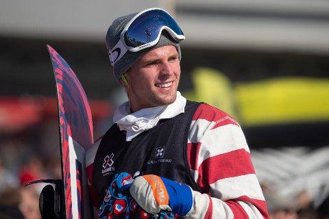 Mons Røisland under X Games-kvalifiseringen til big air snowboard for menn på Fornebu i 2019. Foto: Fredrik Hagen / NTB