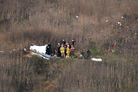 Restene av helikopteret etter ulykken der Kobe Bryant, hans datter Gianna og sju andre mistet livet utenfor Los Angeles 26. januar. Foto: AP / Mark J. Terrill / NTB