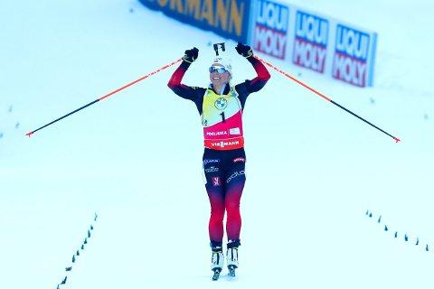 SKREV VM-HISTORIE: Tiril Eckhoff seiret også på på den tredje øvelsen i VM, jaktstarten.