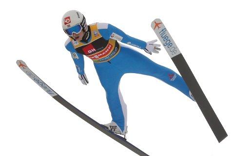 Halvor Egner Granerud og de andre norske hopperne skal kjempe om VM-medaljer i Bad Mitterndorf i 2024. Foto: AP / NTB
