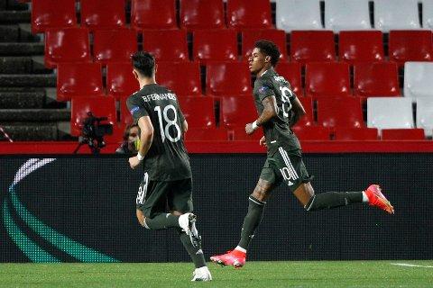 Marcus Rashford (til høyre) feirer etter 0-1-målet mot Granada. Foto: Fermin Rodriguez, AP / NTB