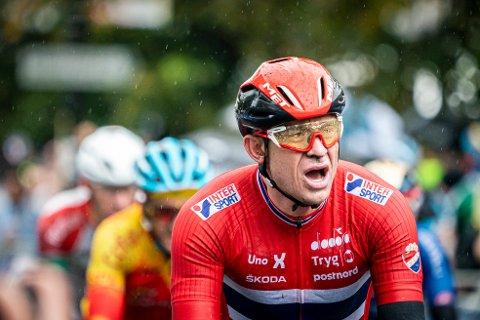 Alexander Kristoff har vært åpen for å sykle Giro d'Italia men nå har UAE-ledelsen bestemt at det ikke blir slik. Man er tilbake på den opprinnelige planen med Tour de France-deltakelse. Foto: Heiko Junge, NTB