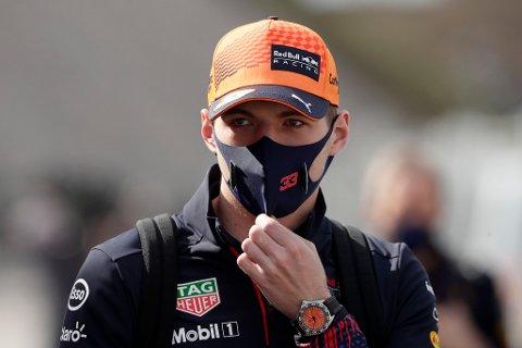 FRUSTRERT: Max Verstappen var oppgitt under lørdagens kvalifisering.