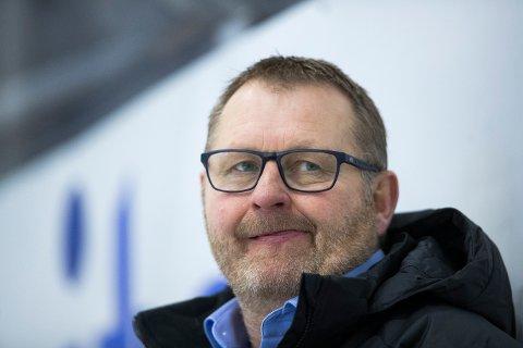 Norges landslagstrener Petter Thoresen fikk litt å tenke på mandag. Foto: Terje Pedersen / NTB