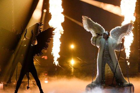 FLAMMER: TIX hadde et flammende show i Nederland.