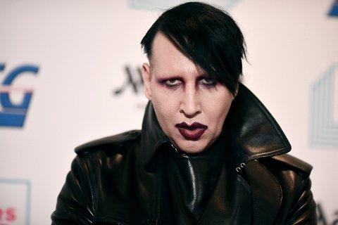 NYE ANKLAGER: Marilyn Manson er i trøbbel igjen etter at han spyttet på en fotograf.