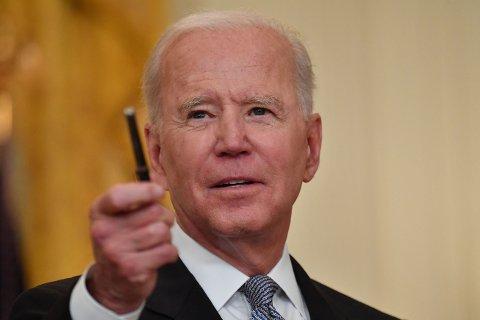 USAs president Joe Biden ber de amerikanske etterretningstjenestene om å doble innsatsen for å komme til bunns i hvordan koronaviruset oppsto (NTB).