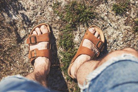 Gjør deg klar til å møte sommeren i sandaler.