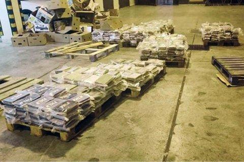 Politiet på Malta beslagla nylig et større parti kokain som ble forsøkt smuglet inn via den sørøstlige havnen Malta Freeport. Illustrasjonsfoto: Customs Malta via AP / NTB