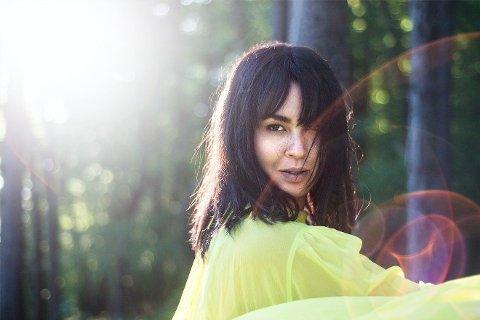 Maria Mena slo gjennom i 2002 med sangen «My Lullaby». Hun er kjent for sine ufiltrerte tekster som skildrer både de vonde og fine opplevelsene i livet sitt.