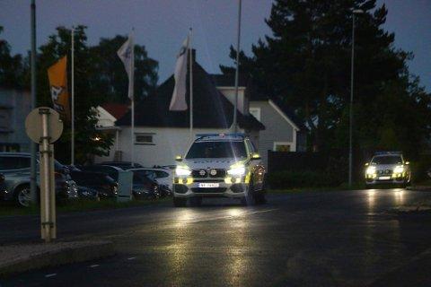 TRUET OG RANET: På Tollnes i Skien ble en person truet og fraranet en elektrisk sparkesykkel natt til tirsdag. Politiet pågrep gjerningsmannen.