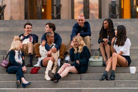 NY RIKMANNSDRAMA: Dette er de nye, rike ungdommene som skal servere TV-seere drama på TV-skjermen i den nye sesongen av «Gossip Girl».