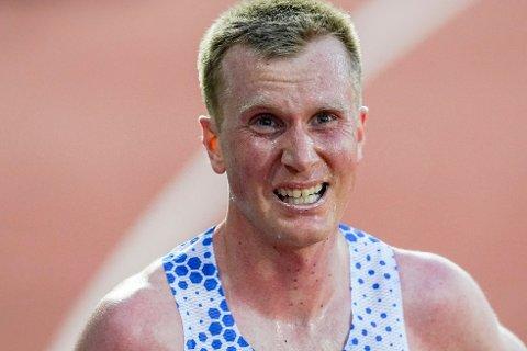 SKEPTISK: Sondre Nordstad Moen legger ingen skjul på at han tror det forekommer mye doping i maraton og gateløp.
