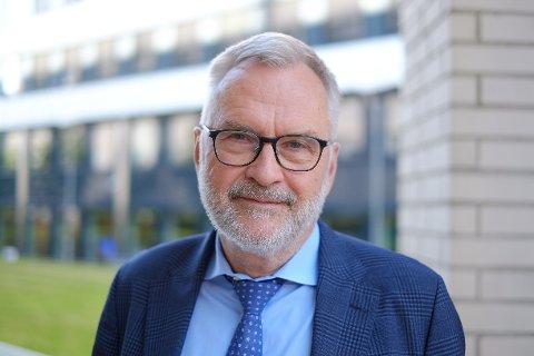 PEKER PÅ TRUSSEL: Politiets sikkerhetstjeneste, her ved PST-sjef Hans Sverre Sjøvold, er bekymret for høyreekstreme ideologiske retninger som forfekter behovet for en øyeblikkelig samfunnskollaps.