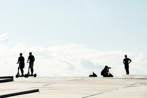 Antallet elsparkesykkelulykker i Oslo fortsetter å ligge på over det dobbelte av fjoråret. Foto: Annika Byrde / NTB