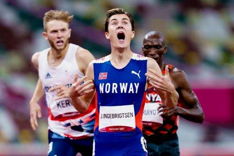 Jakob Ingebrigtsen slo Timothy Cheruiyot og resten av verdenseliten på 1500 meter i OL. Foto: Stian Lysberg Solum / NTB