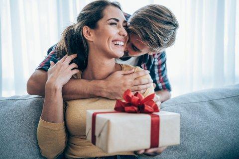 Det er alltid koselig å få en gave, både til de spesielle anledningene og til hverdags. Vi har plukket ut noen tips vi selv synes er ekstra gode.